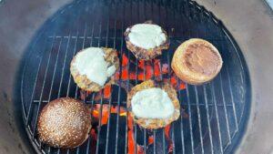 Burger od lososa i kozica - recept 10