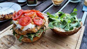 Burger od lososa i kozica - recept 11