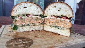 Burger od lososa i kozica - recept 13