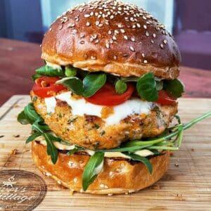 Burger od lososa i kozica