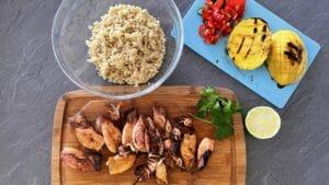 Salata od lignji s kvinojom i mangom - recept 8