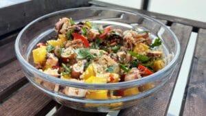 Salata od lignji s kvinojom i mangom - recept 1