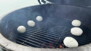 You need balls to BBQ an egg - Jaja s roštilja 18