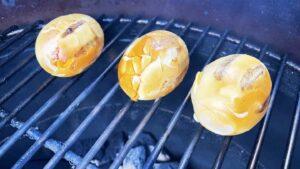 You need balls to BBQ an egg - Jaja s roštilja 19